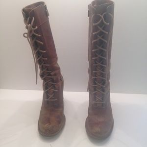 Distrested Frye Villager lace up boots with zipper